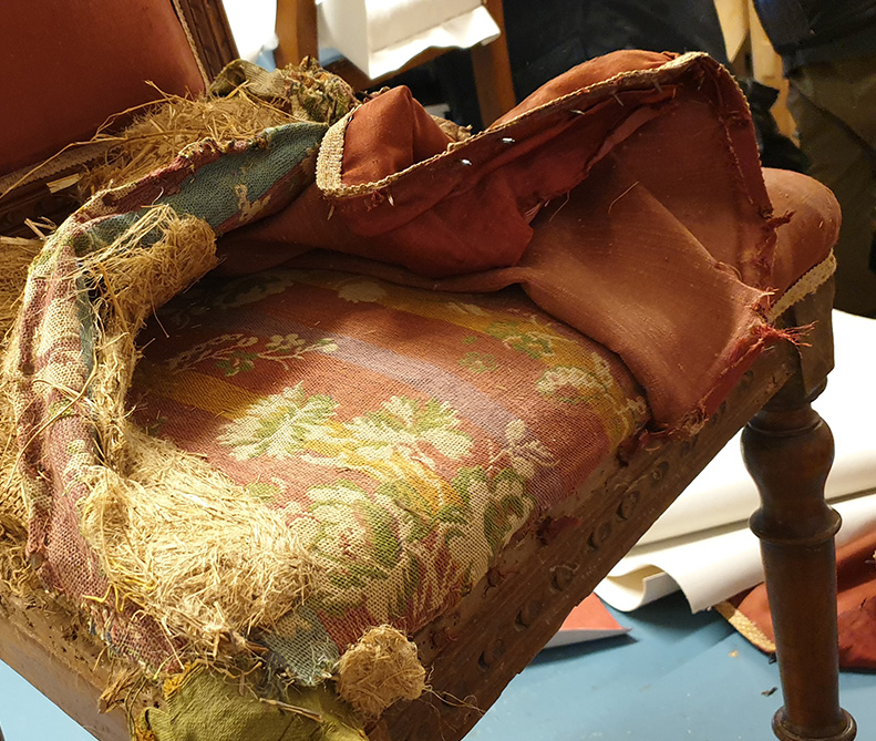 Restauro sedia antica | MastroTappezziereIn